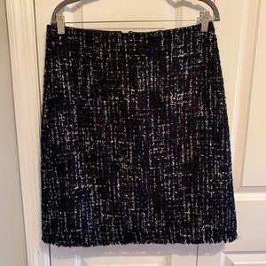 Women navy  tweed skirt.